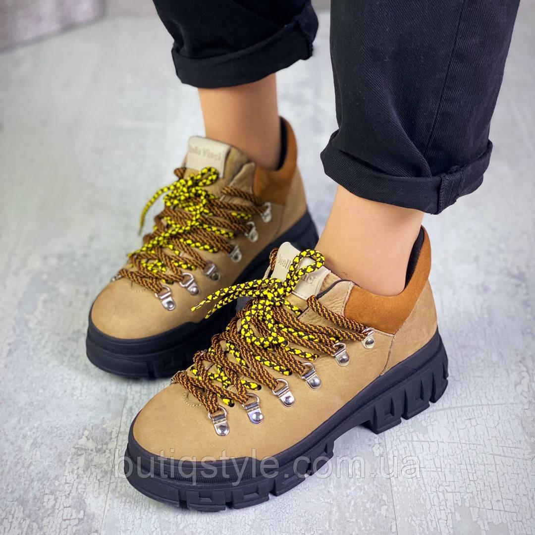Женские светло-коричневые кроссовки натуральный нубук