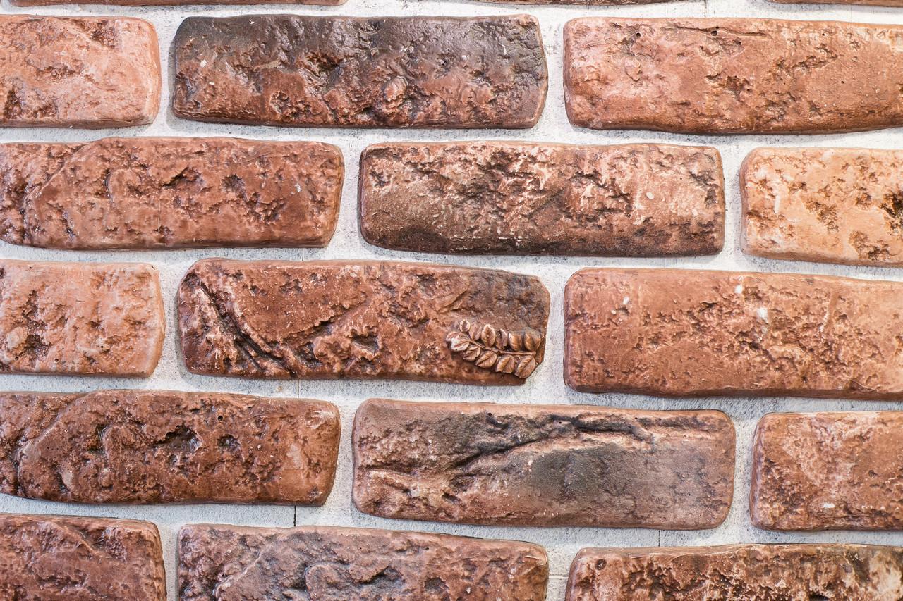 Декоративный кирпич античный рыжий гибс