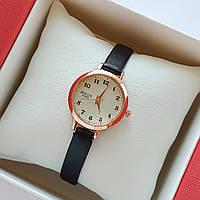 Женские кварцевые наручные часы Bolun на черном ремешке, золотистые с бежевым циферблатом - код 1708, фото 1