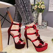 Бордовые босоножки на каблуке, фото 3