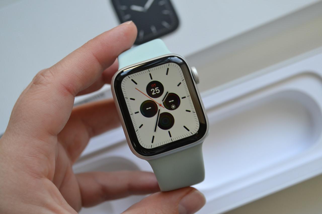 Смарт-часы Apple Watch Series 5 40mm A2092 Silver Aluminium (GPS) Оригинал!