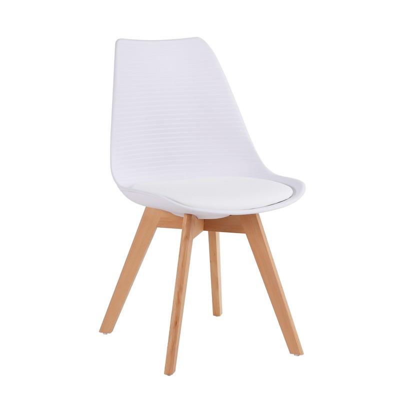 Cтул кресло P-01 с мягким сидением белого цвета с ножками из натурального дерева