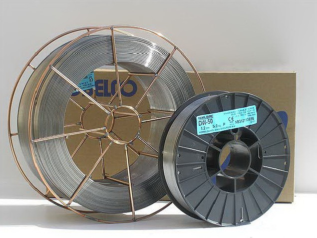 Порошковая проволока MX-A55S AWS  A5.18 E70C-6M