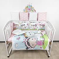 Комплект бортиков и постельного в кроватку с девочками и единорогами в нежно-розовых тонах