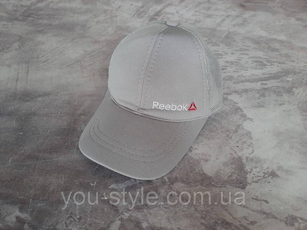 Серая кепка Reebok