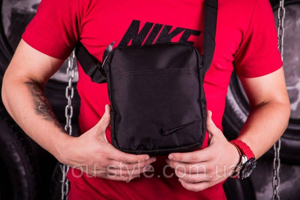 Барсетка черная Nike (Найк) с черным логотипом