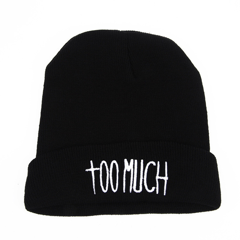 Стильна модна шапка too much