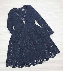 Темно-синее гипюровое платье  с украшением для девочек. На рост 122 128 134 152 см   . Украина 128