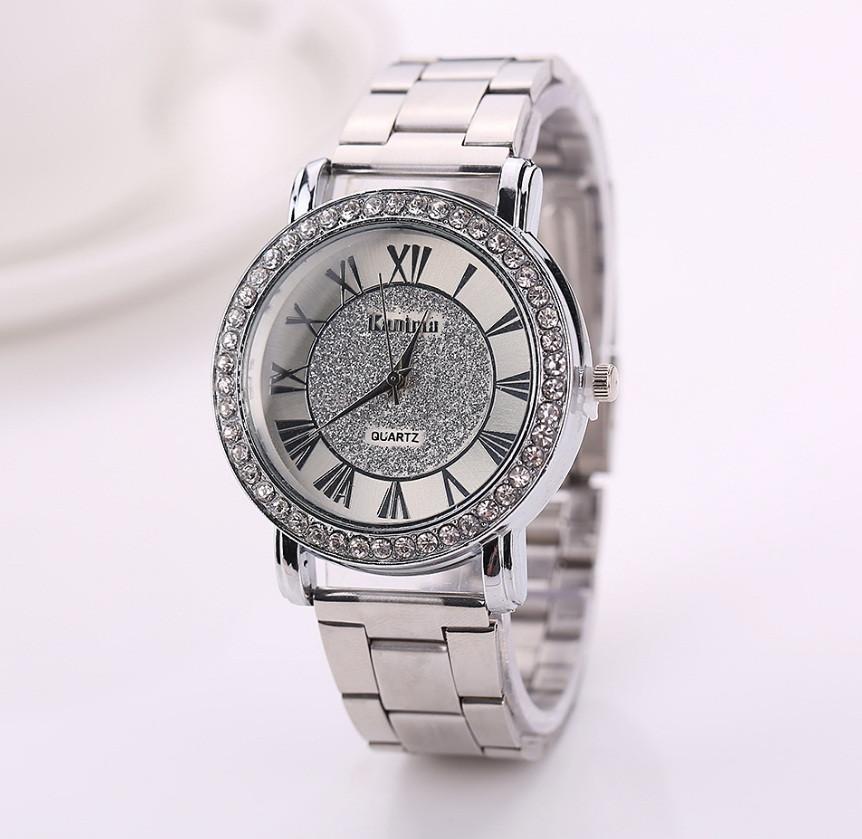 Женские наручные часы Geneva стильные и модные часики на руку с камнями золото серебро Серебристый