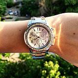 Стильные и модные женские наручные часы Geneva на руку с камнями сваровски золотистые Серебро, фото 2