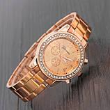 Стильные и модные женские наручные часы Geneva на руку с камнями сваровски золотистые Розовый, фото 6