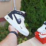 Жіночі зимові кросівки Nike Air Force 1 Mid LV8 (біло-чорні) 3550, фото 8