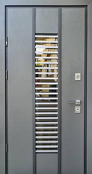 Входные двери Straj уличная серия Proof модель Vespa Twin с замками Mottura (с оцинкованной сталью 1 мм)