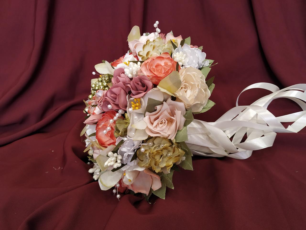Свадебный букет-дублер в персиково-розовых тонах