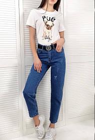 Женские укороченные джинсы МОМ синего цвета