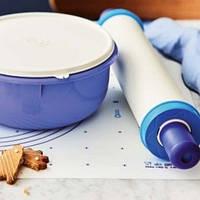 Посуда и принадлежности из ПВХ и силикона