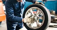Поможет ли балансировка колес при «биении» руля?