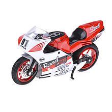 Модель спортивного мотоцикла IM26