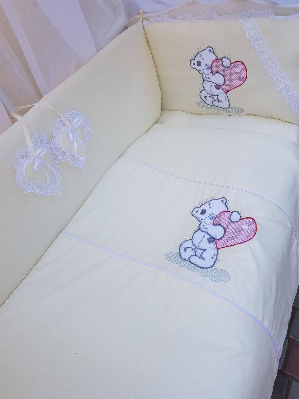 Детский постельный набор в кроватку Вышивка