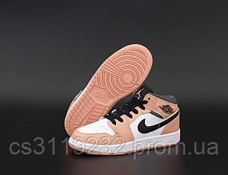 Женские кроссовки Air Jordan 1 Retro (розовый)