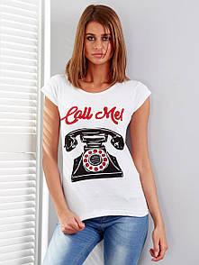 Женская футболка с надписью call me