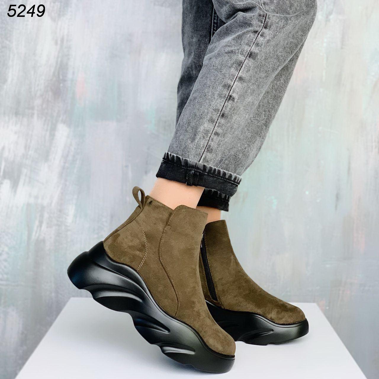 Женские зеленые ботинки Зима 5249