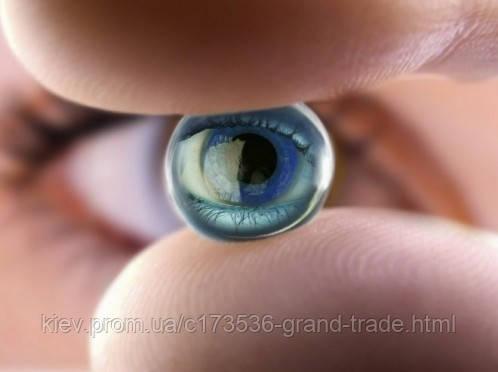 Правильное сочетание контактных линз и косметики