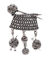 Брошь брошка металл крупная спицы нитки вязание с подвесками серебристая