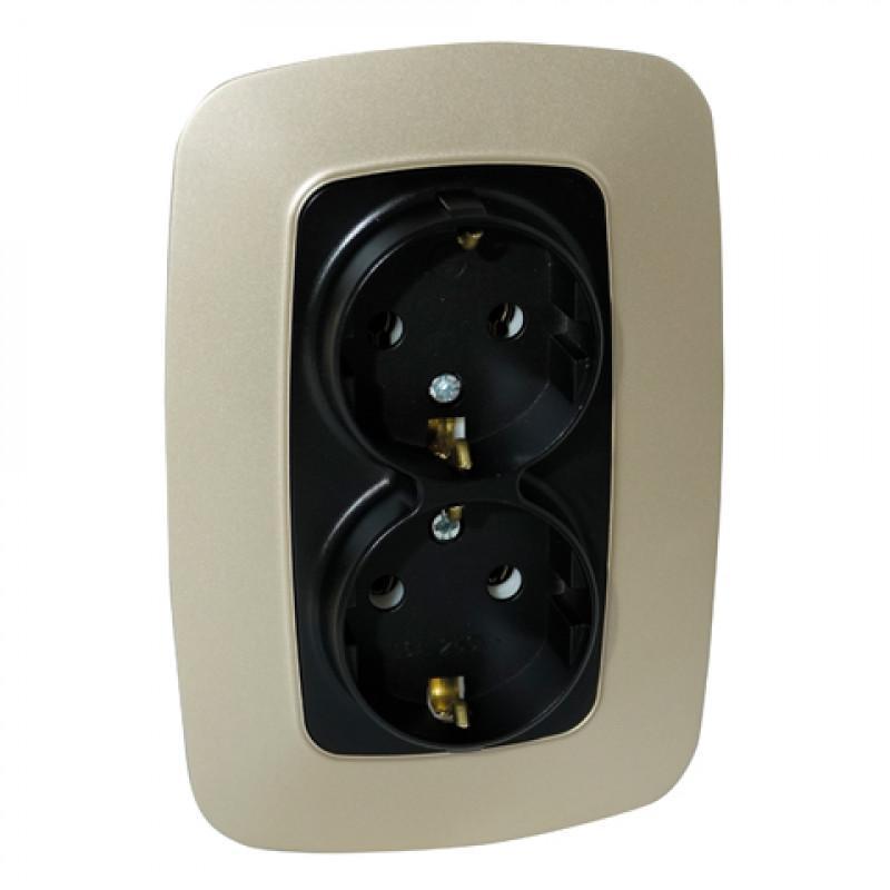 Розетка на два места с заземлением в золотом+черный цвете корпуса Ela Horoz Electric 112-007-0008-040