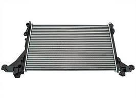 Nissan NV400 2011 - радиатор охлаждения, арт. DA-13619
