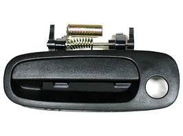 Toyota Corolla 97-01 наружная ручка передняя левая