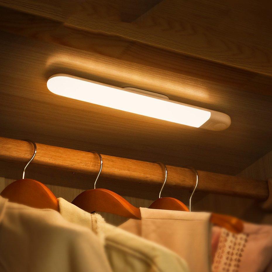 Аккумуляторная LED лампа с датчиком движения Baseus Sunshine Induction wardrobe Natural light (DGSUN-YA02)