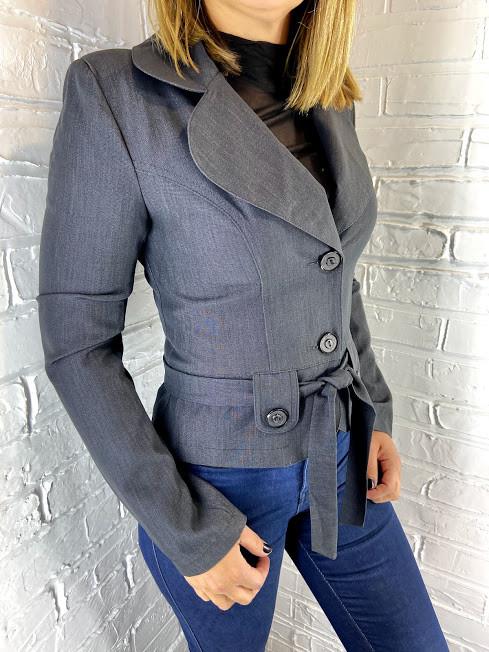 Пиджак женский серый 15.1 44