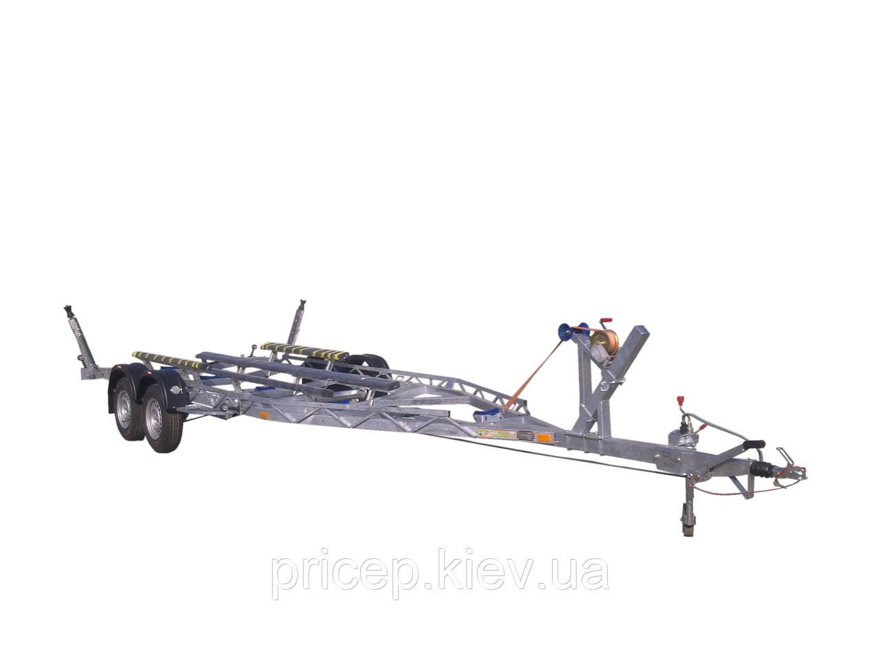 Прицеп для катера длиной 8,2 м, вес 2,6 тонны.
