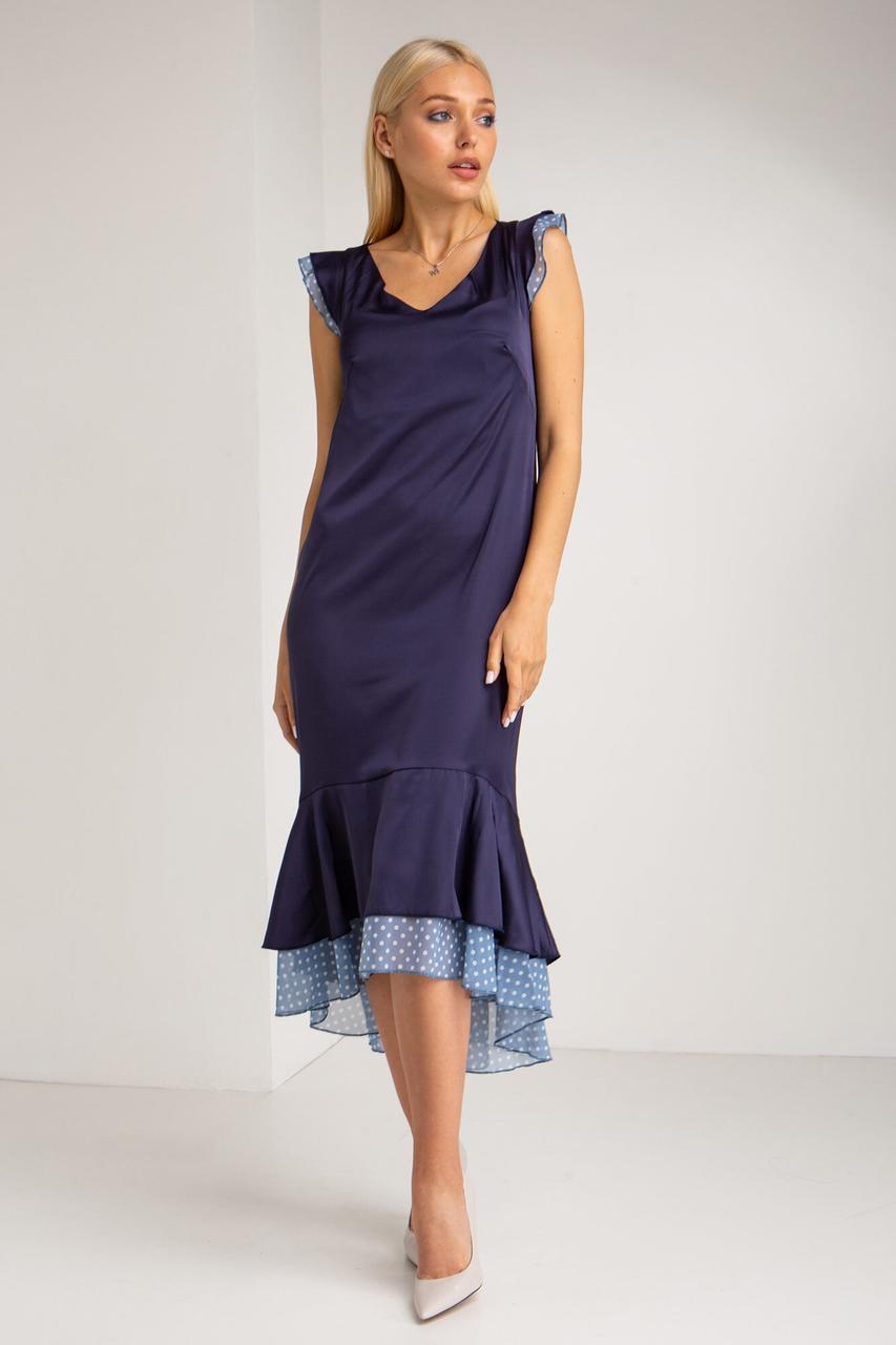 Синее шелковое платье с рукавами-крылышками и асимметричным воланом из шифона