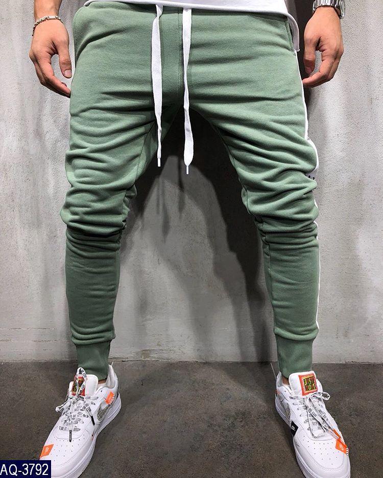 Мужские спортивные штаны. Ткань: трехнить на флисе, производство турция. Цвет: джинс, графит, хаки.