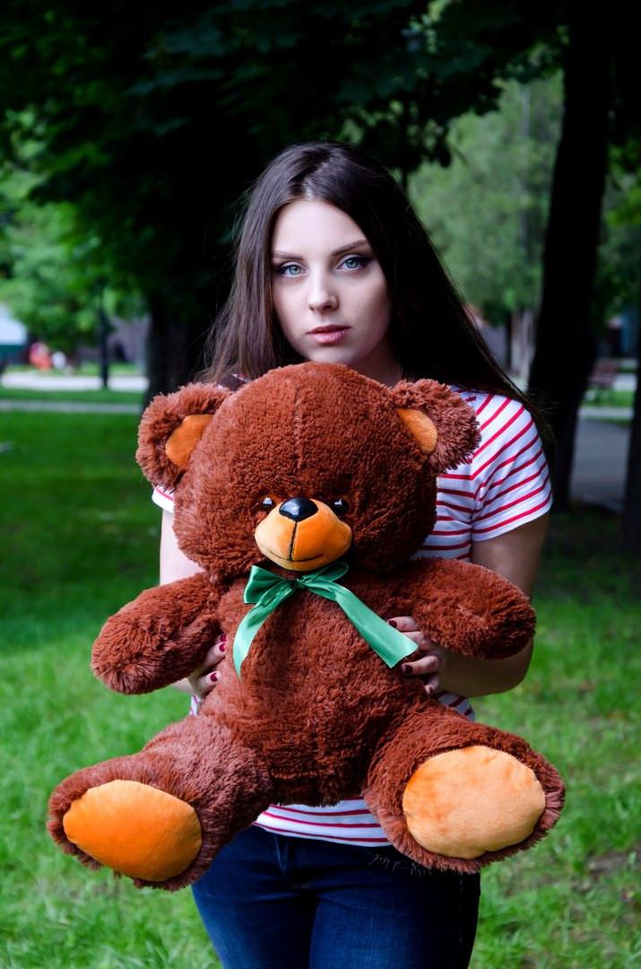 М'яка іграшка плюшевий ведмедик з гіпоалергенного матеріалу Томии 65 см Шоколадного кольору