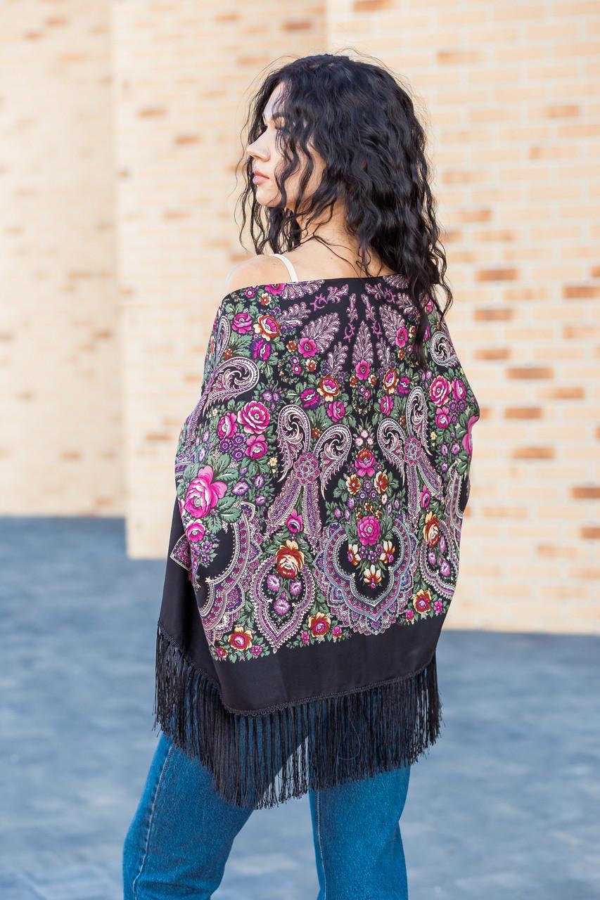 Народный чёрный шерстяной платок женский красивый на голову и плечи LEONORA с бахромой