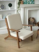 Мягкое деревянное кресло «Lounge» с подлокотниками