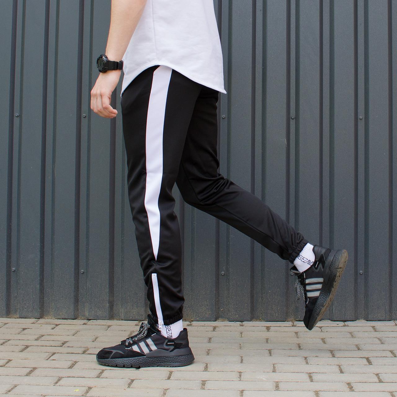 Черные спортивные зауженые штаны на манжете брендовые с белой полоской XL