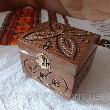 Шкатулка деревянная резная 11*11 для украшений, ручная работа