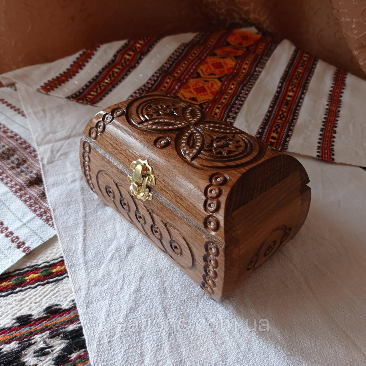 Резная шкатулка - ларец 17х10х10 см. для украшений из дерева, ручная работа ШК-3