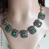 Комплект сережки і кольє під золото з зеленими каменями, висота 8 см., фото 3