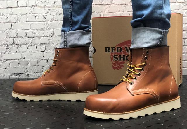 шкіряні черевики Red Wing USA brown коричневі 8424890 на нозі