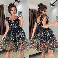 Цветочное платье с бретелями крыльями