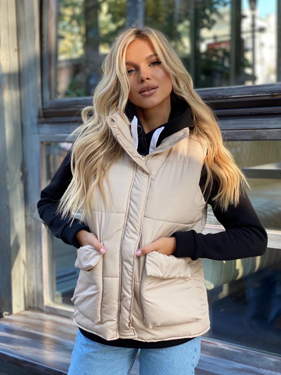 Теплая женская жилетка с карманами 13-327