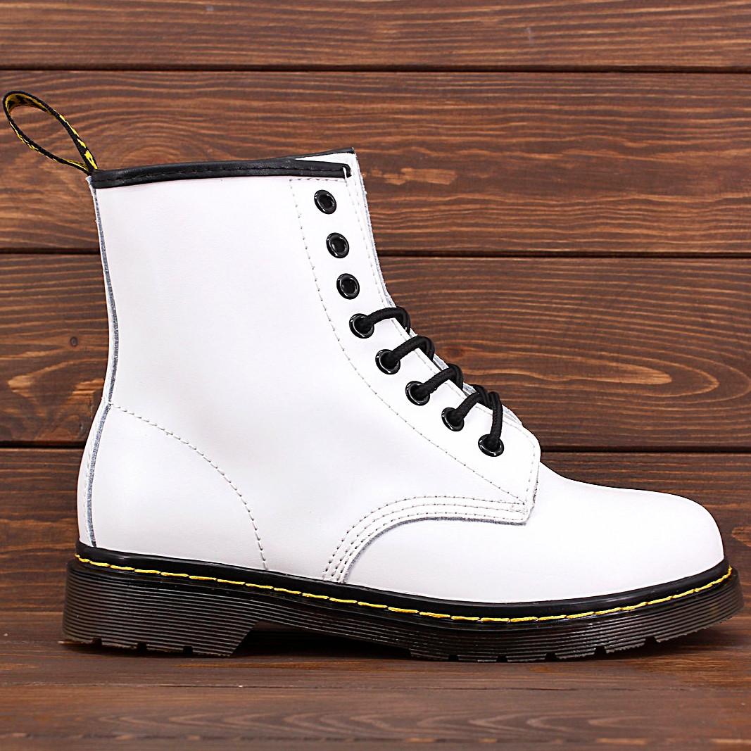 Женские ботинки в стиле Dr. Martens Original 1460 White c 8 парами люверсов