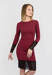 Платье теплое с кружевом