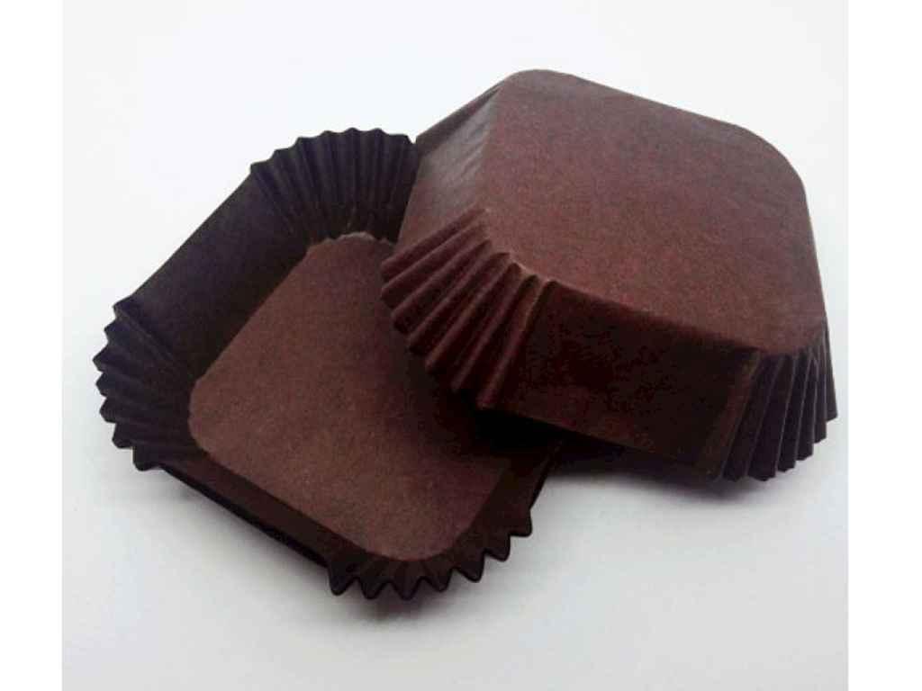 Форма бумажная Easters Квадратная 5,8*5,8 см упаковка 100 шт коричневый (К-58)