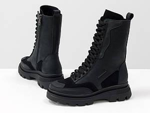 Высокие ботинки берцы черного цвета из натуральной матовой кожи и замши на обновленной тракторной подошве